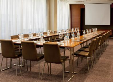 Sala de reuniones grande Hotel ciutat Lleida