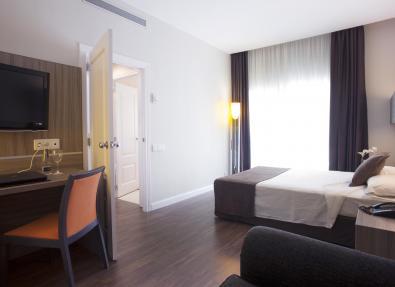 Habitación doble cama matrimonio Hotel Serrano Madrid