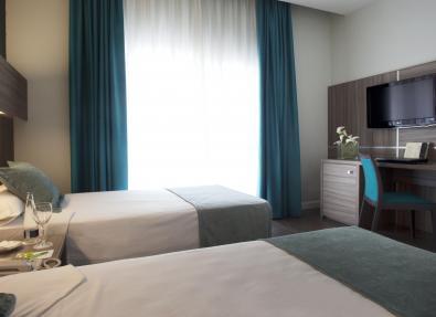 Habitación doble dos camas Hotel Serrano Madrid