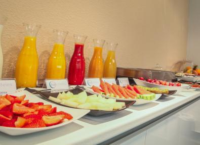 Desayuno Buffet frutas frescas Hotel Serrano Madrid